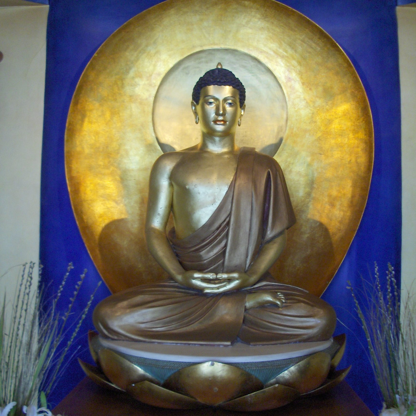Buddha main shrine